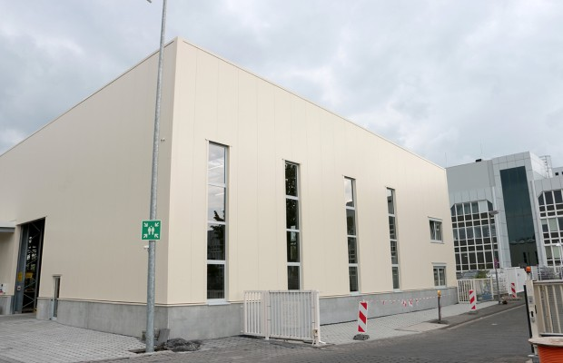 It is completed: The new spare parts distribution hall in Andernach has been officially in operation since 28 April.